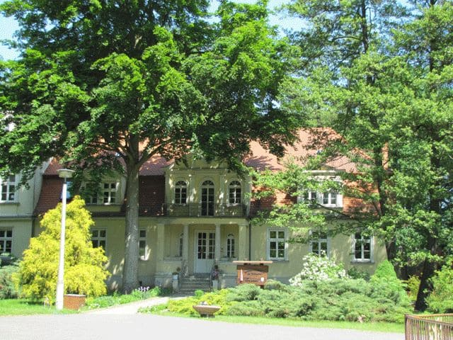 "Schloss Kahsel (""Altes"" Herrenhaus), Montessori-Kinderhaus"